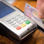 海外でクレジットカードを使う時に「日本円か現地通貨どっちにするか」聞かれたときに注意する重要なこと